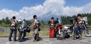 Touring Core of The Core WRE 94 di sekitar Ketep Pass Gunung Merapi, Sabtu (16/2). Foto: rahmat_sda